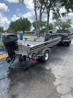 Bass Tracker pro 17 for Sale in Sanford, FL