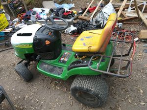 Excellent Condition John Deere lawn tractor for sale for Sale in Dallas, TX