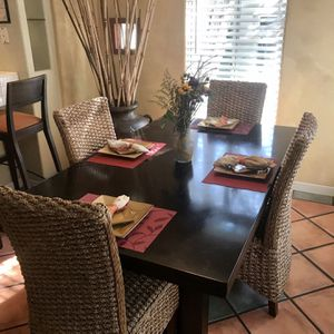 """Z Gallery Dining Table And Chairs 72"""" X 42"""" for Sale in San Diego, CA"""
