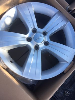 Jeep wheels for Sale in Clovis, CA