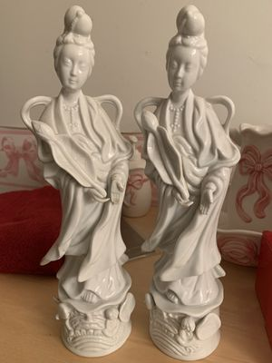 White Porcelain figurines for Sale in Los Angeles, CA