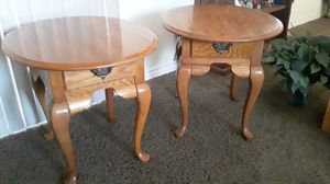 Coffee table and end tables perfect for Sale in Las Vegas, NV