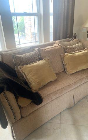 Living room furniture for Sale in El Cajon, CA