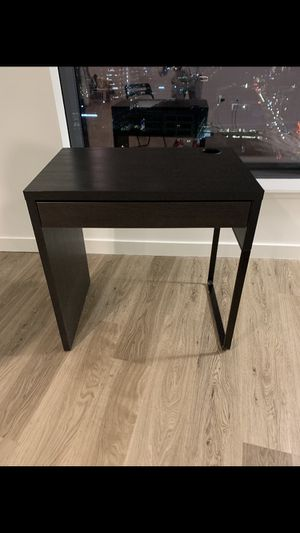 Small Computer Desk for Sale in Seattle, WA