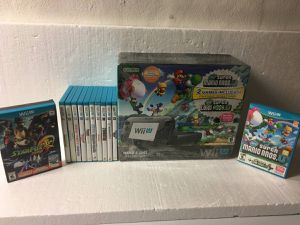(Excellent Condition) Nintendo Wii U bundle with 13 Wii U Games for Sale in Oak Park, IL