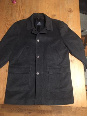 Burberry London Sasso's Mens Gray Peacoat Made in Italy for Sale in Santa Ana, CA