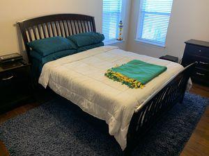 Queen bedroom set for Sale in Carrollton, TX