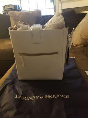 Dooney & Bourke purse for Sale in Manassas, VA