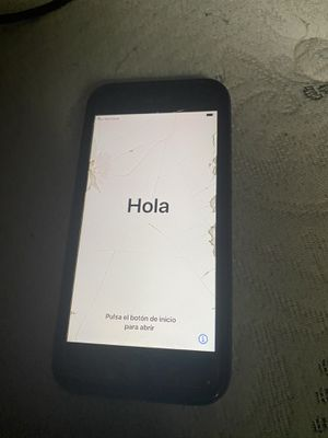 iPhone 8 64 hb for Sale in Temple Terrace, FL