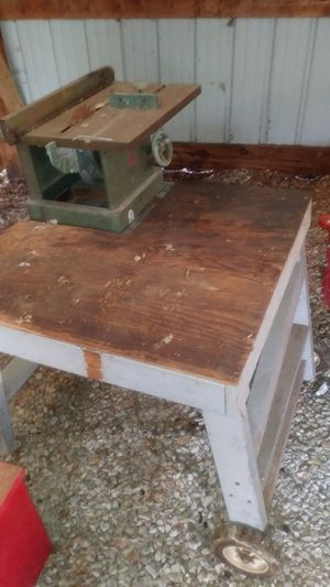 Table saw no motor homemade with metal table saw on top there's wheels so it can roll for Sale in Old Mill Creek, IL