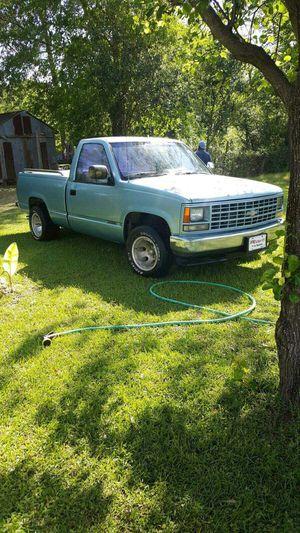 1990 Chevy pickup 38530 stock motor for Sale in Selma, AL