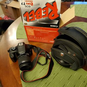 Canon Rebel EOS T3 Camera for Sale in Sherwood, OR
