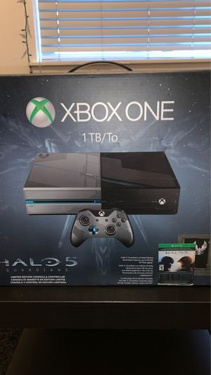 Xbox One Halo Edition for Sale in Seattle, WA