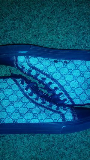 Gucci shoes gg supreme sneakers for Sale in Arlington, TX