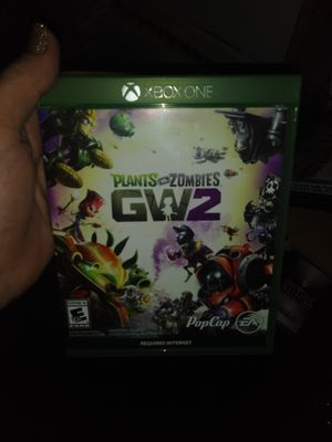 Plants vs zombies GW2 XBOX ONE for Sale in Lehigh Acres, FL