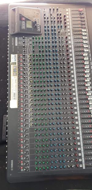 YAMAHA 32 CHANNEL MIXING CONSOLE for Sale in Anaheim, CA
