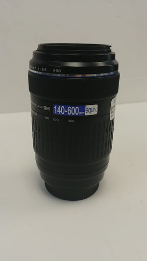 Olympus lens zuiko digital 70-30 for Sale in Port St. Lucie, FL