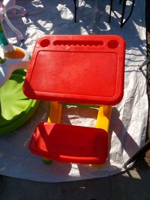 Nice play kids desk for Sale in Fresno, CA