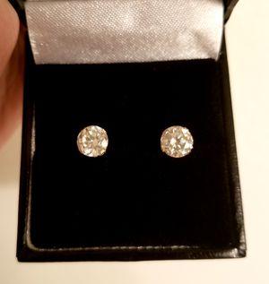 New 1.80 ct moissanite diamonds stud earrings,14k yellow gold! for Sale in Bloomfield Hills, MI