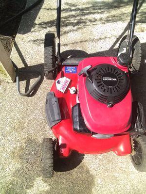Troy bilt (Honda motor!!) Model# 11A-542Q711 for Sale in Seattle, WA