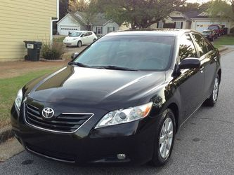 Very Nice 2007 Toyota Camry XLE FWDWheels for Sale in HUNTINGTN BCH,  CA