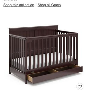 Graco Hadley 4 In 1 Convertible Crib With drawers $120 (Mattress Not Included) for Sale in Mountain View, CA
