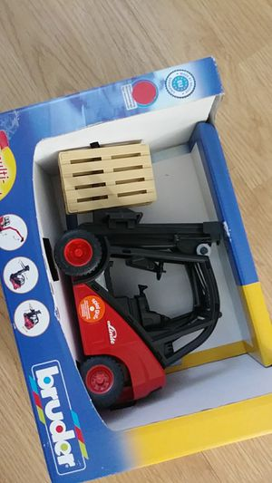 Toy forklift..new!..made in germany for Sale in New Baltimore, MI
