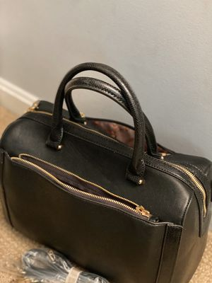 Black leather purse with snakeskin trim for Sale in Gaithersburg, MD