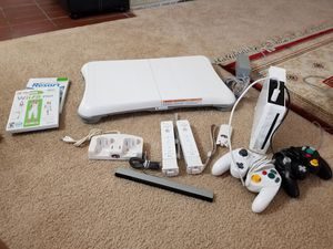 Wii complete set for Sale in Arlington, TX