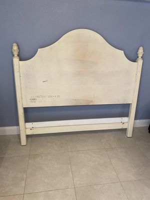 Pottery Barn Queen /Full bed and nightstand by Lexington made in USA for Sale in St. Petersburg, FL