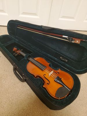 1/4 size violin in very good condition like new for Sale in Clifton, VA