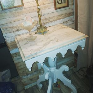 High end modern shabby chic end table the best for Sale in San Diego, CA
