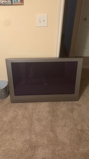 """65 """" TV Panasonic no remote for Sale in Richardson, TX"""