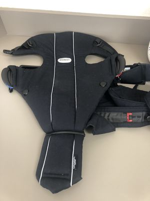 Baby Bjorn Carrier for Sale in Bedford, TX