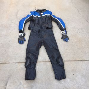 2 piece leather track motorcycle suit Reflex Gear jacket and Fieldsheer for Sale in Long Beach, CA