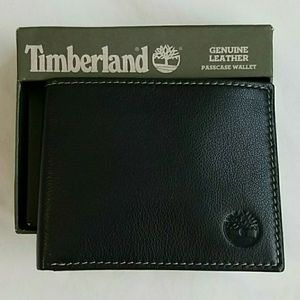 Timberland leather wallet for Sale in Catonsville, MD