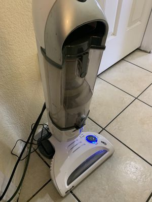Shark navigator freestyle cordless stick vacuum cleaner for carpet and hardwood floors like new open box barley used with home base charger for Sale in Las Vegas, NV