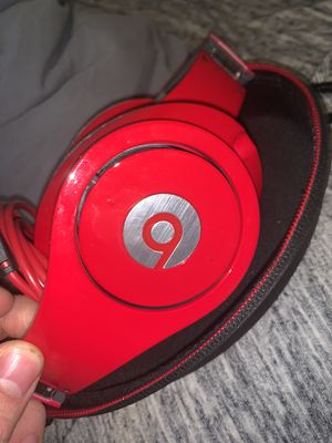 Beats Studio barely used 3 times for Sale in Marquette, MI