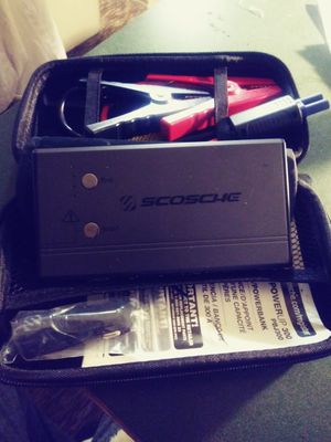 SCOSCHE jumpbox . Jumps your vehicle in minutes . Charge your devices . Flashlight (SOS and Tactical) for Sale in LaPlace, LA