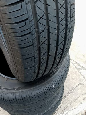 4 matching used tires 235 65 17 $200 for Sale in Portsmouth, VA