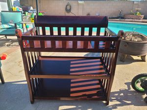 Baby changing table for Sale in La Mirada, CA
