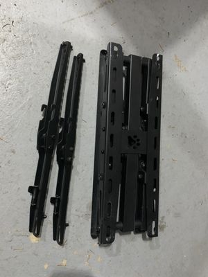 """Full Motion TV Wall Mount 20""""-65"""" for Sale in Gig Harbor, WA"""