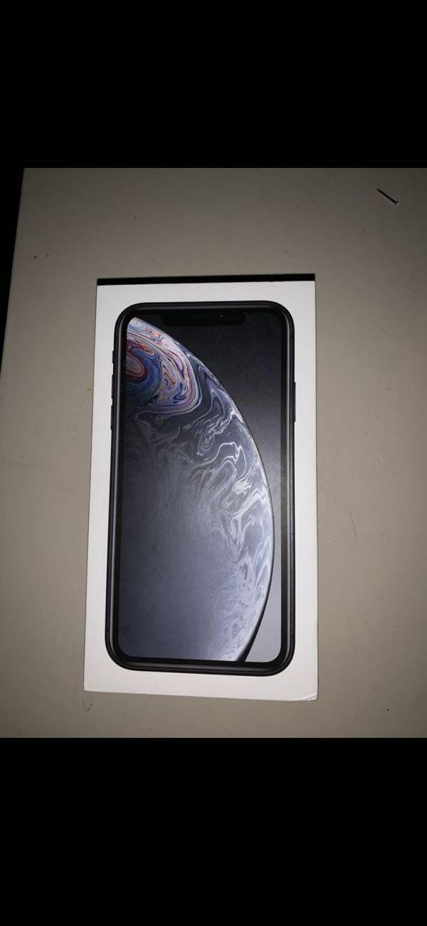 I phone XR Black 64GB
