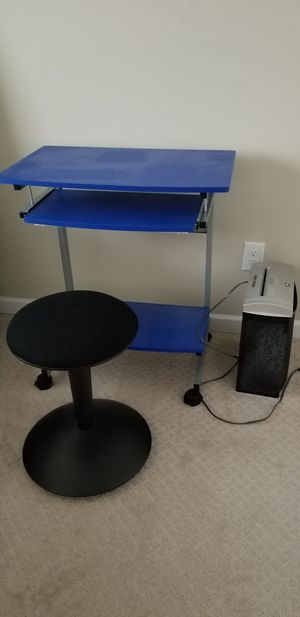 FreeComputer table and chair for Sale in Renton, WA