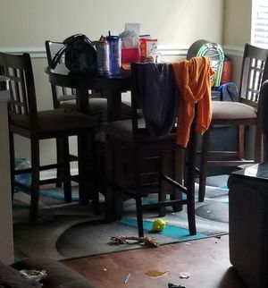 Barely used table for Sale in TEMPLE TERR, FL