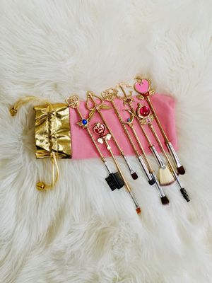 Sailor Moon Magic Wand Eyeshadow Makeup Brushes Set for Sale in Orland Park, IL