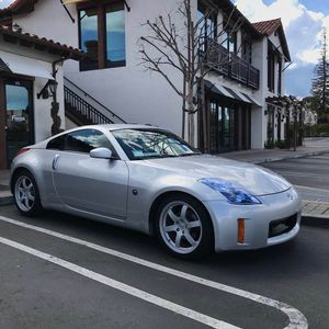 350z hr hood for trade for Sale in San Jose, CA