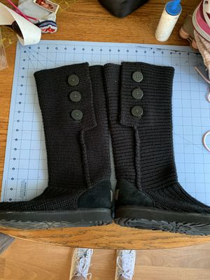UGG boots like new size 10 for Sale in Aurora, OR
