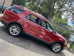 2013 limited edition ford explorer for Sale in Minneapolis, MN