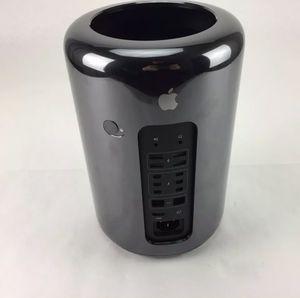 Mac Pro 2013 3.7Ghz Xeon 16Gb Ram 256gb ssd for Sale in Coral Gables, FL